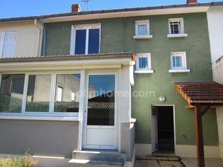 Maison de ville CHATELLERAULT 80 m² ()