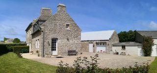 Maison en pierre CLEDER 117 m² ()