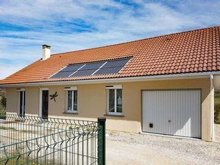 Maison BELLEY 95 m² ()