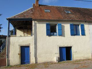 Maison de village JONCY 86 m² ()