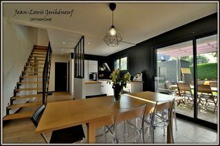Maison LE RHEU 144 m² ()