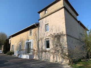 Maison en pierre SAINT DIZIER 180 m² ()