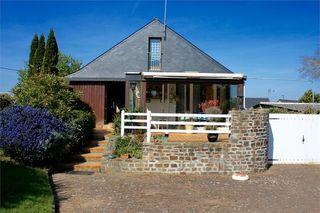 Maison PLEURTUIT 107 m² ()