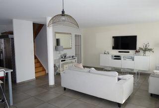 Duplex BOVES 94 m² ()