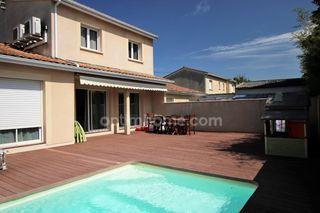 Maison BEGLES 123 m² ()