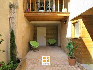 Maison rénovée PONT DU CHATEAU 92 m² ()