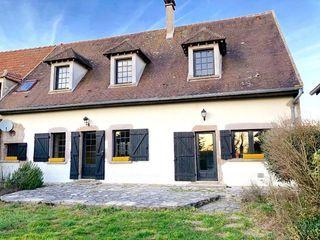 Maison AVALLON 225 m² ()