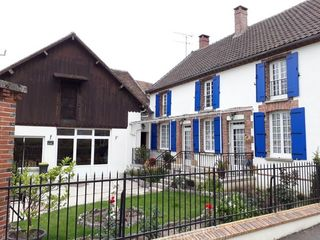 Maison DONNEMARIE DONTILLY 235 m² ()