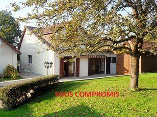 Maison de campagne ABBEVILLE 183 m² ()