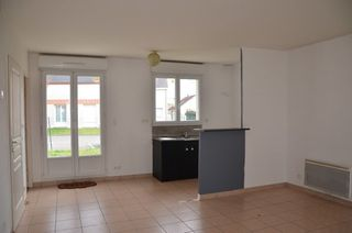 Maison FLEURY LES AUBRAIS 85 m² ()