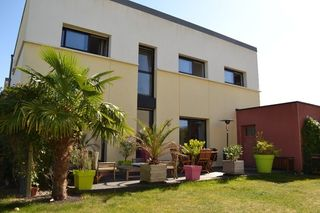 Maison LE RHEU 120 m² ()