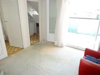 Studio PARIS 17EME arr 19 m² ()