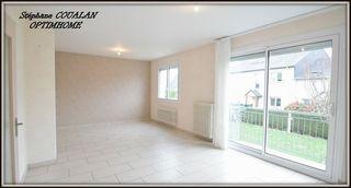 Maison contemporaine CORPS NUDS 98 m² ()