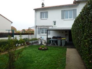 Maison NIORT 75 m² ()