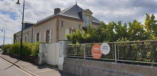 Maison en pierre SOULAIRE ET BOURG 220 m² ()