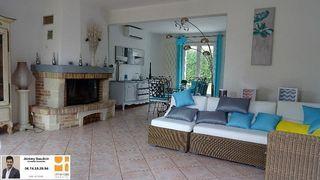 Maison NOGENT LE ROI 143 m² ()