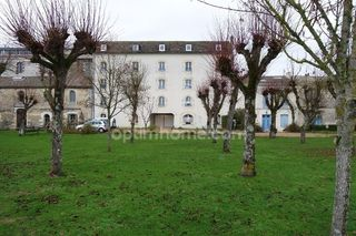 Appartement à rénover MORTAGNE SUR GIRONDE 100 m² ()