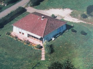 Maison individuelle MARTIGNY LE COMTE 102 m² ()