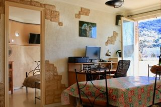 Appartement NICE 59 m² ()