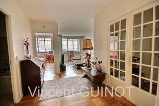 Appartement SAINT GERMAIN EN LAYE 84 m² ()
