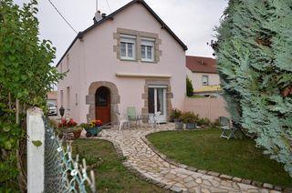 Maison de ville FLEURY LES AUBRAIS 114 m² ()