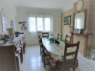 Maison BIACHE SAINT VAAST 140 m² ()