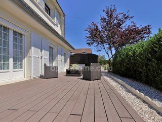 Maison SAINTE GENEVIEVE 130 m² ()