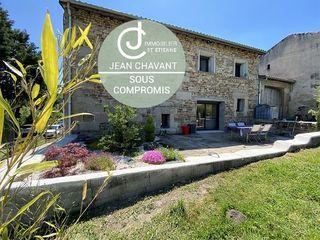 Maison en pierre VILLARS 230 m² ()