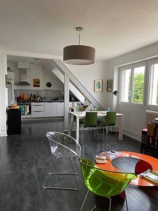 Appartement rénové LORIENT 79 m² ()