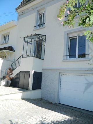 Maison de ville LAXOU 165 m² ()