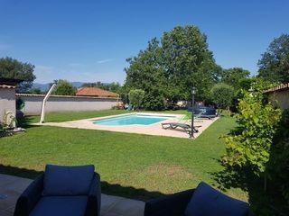Maison CHEYSSIEU 200 m² ()