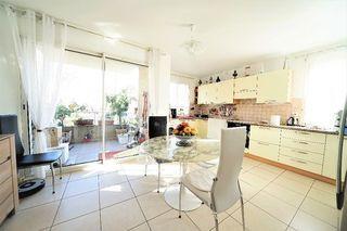 Appartement en résidence DRAGUIGNAN 110 m² ()