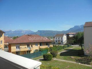 Appartement TULLINS 99 m² ()