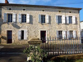 Maison en pierre LESPARRE MEDOC 160 m² ()