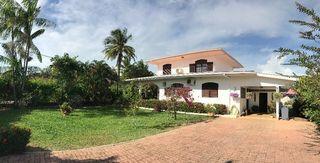 Maison CAYENNE 180 m² ()