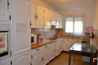 Appartement FLEURY LES AUBRAIS 77 m² ()