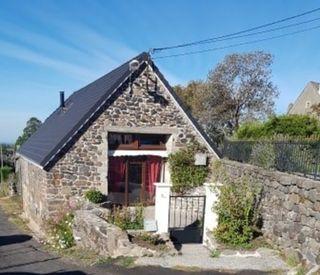 Maison rénovée TRIZAC 120 m² ()