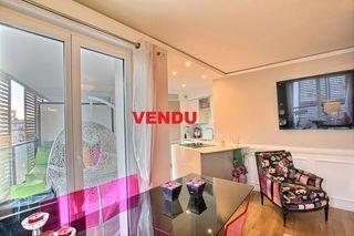 Appartement en résidence CLICHY 65 m² ()