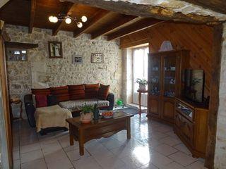 Maison PRANZAC 99 m² ()