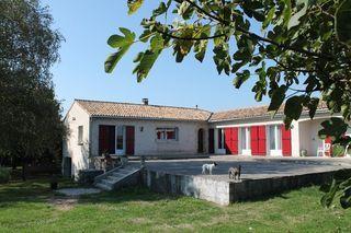 Maison plain-pied SAINT LAURENT DE COGNAC 200 m² ()