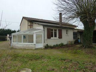 Maison à rénover LENCLOITRE 84 m² ()