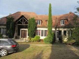 Maison AVAILLES EN CHATELLERAULT 477 m² ()