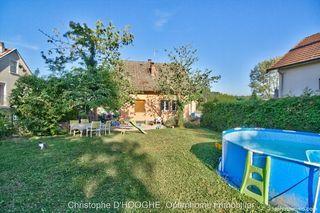 Maison à rénover LONS LE SAUNIER 105 m² ()