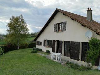 Maison PARENTIGNAT 103 m² ()