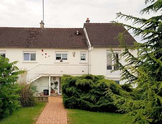 Maison ISSOUDUN 148 m² ()