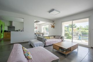 Maison contemporaine AIX EN PROVENCE 140 m² ()