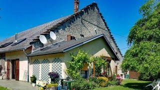Maison BELLEY 140 m² ()
