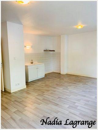 Appartement en résidence VERGT 70 m² ()