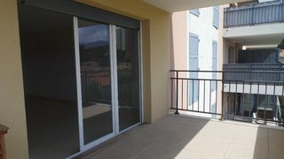 Appartement OLLIOULES 63 m² ()