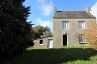 Maison de village PLOZEVET 70 m² ()